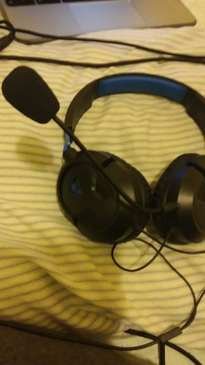Turtle beach headset (Negotiable) for Sale in Lowell, MA
