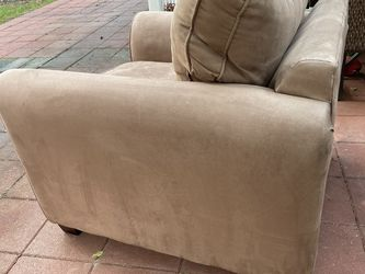Oversized Armchair for Sale in Seattle,  WA