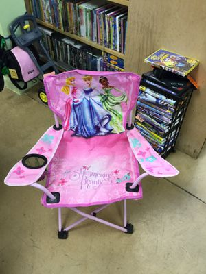 Disney Princess Folding Chair w/ Cup Holder for Sale in Matawan, NJ