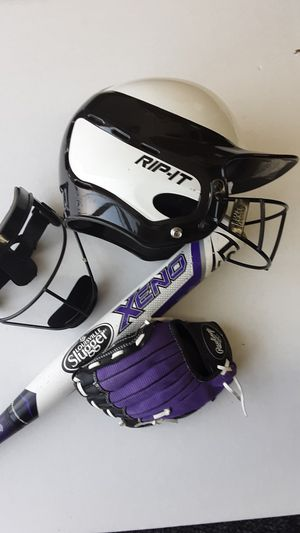 BAT, GLOVE, HELMET, CAGE for Sale in Bell, CA