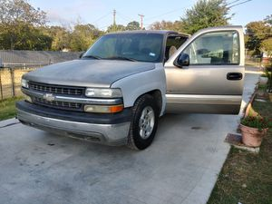 Chevy silverado 2001 partes for Sale in Fort Worth, TX