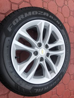 2016-2018 Chevy Malibu Rims & Tires with Lugs for Sale in Miami, FL