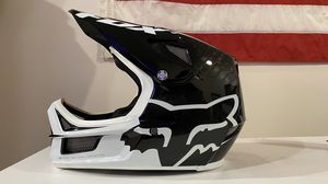 Fox Rampage-Pro Carbon Full Face Helmet NEW for Sale in Silverdale, WA