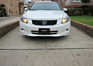 Low.Price 2010 Honda Accord EX-L FWDWheels/Navigation for Sale in Miami, FL