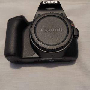 Canon eos rebel SL3 digital SLR Camera With ef-s 15-55 mm lens kit for Sale in Colonial Heights, VA