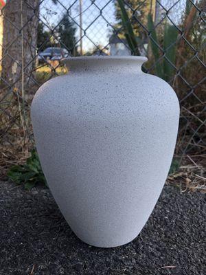 Vase for Sale in Des Moines, WA