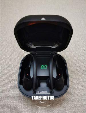 (B20)Bluetooth True Wireless Earphone 5.0 Sport Earbuds Waterproof Music Headset for Sale in Rowland Heights, CA