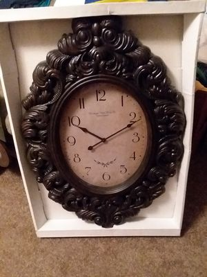 Clock. Oval Victorian Edinburgh Clock Works Co. for Sale in TN, US