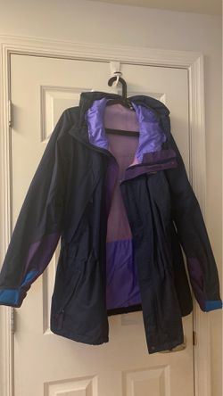 Patagonia women's jacket for Sale in Bristol,  CT