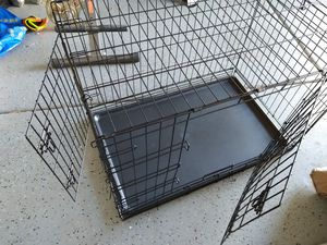 36in dog cage for Sale in Henderson, NV