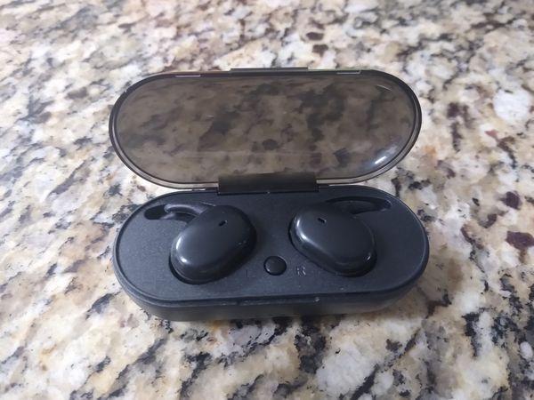 Wireless Headphones/Bluetooth Earbuds
