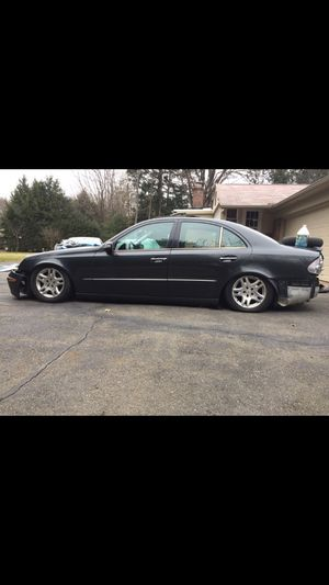 2003 Mercedes e class 550 parts for Sale in Agawam, MA