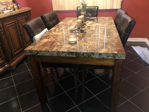 Dining table like new 5 chairs included for Sale in Staten Island, NY