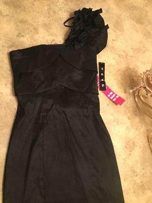 Black misses dress color black satin brand SNAP SIZE M for Sale in San Diego, CA