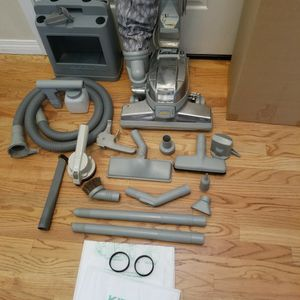 NEW cond KIRBY ULTIMATE DIAMOND EDITION Vacuum With COMPLETE ATTACHMENTS, Zip BRUSH for Sale in Auburn, WA