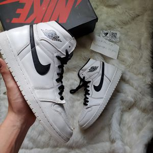 Jordan 1 Yin Yang size 10 for Sale in Sylva, NC