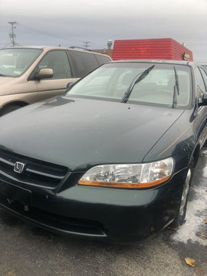 Cheap car low price 98 Honda Accord Toyota rav 4 crv Civic Nissan Ford Chevy for Sale in Columbus, OH