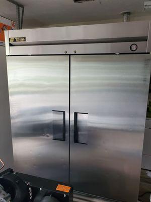 True T-49F-HC Commercial Reach-In Solid Swing Door Freezer for Sale in Jacksonville, FL