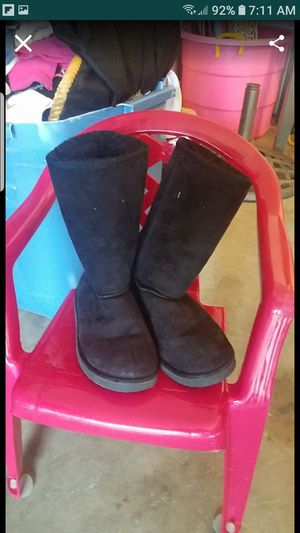 Girls winter boots for Sale in Mesquite, TX