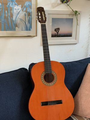 Vintage 1980's Hondo Classical Acoustic Guitar H644 w/ soft case / gig bag for Sale in Carlsbad, CA