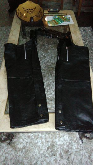 Real leather riding chaps size 10 made by X element Advanced motorcycle gear for Sale in Orange, CA