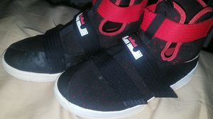 Boys' LeBron Soldier 10 size 5.5y for Sale in Tacoma, WA