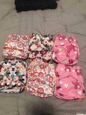 18 Newborn cloth diapers for Sale in Chicago, IL
