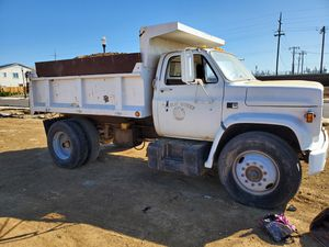 Gas dump truck for Sale in Galt, CA