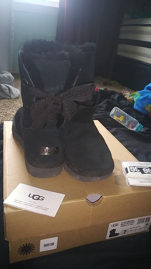 Women Ugg boots for Sale in Dallas, TX