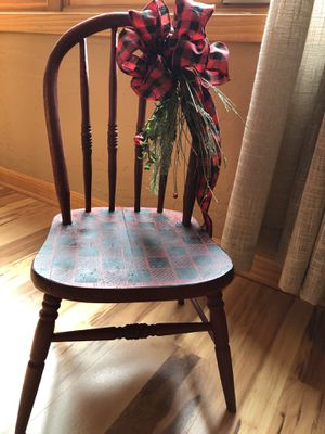 Vintage Child's Chair for Sale in Breezy Point, MN