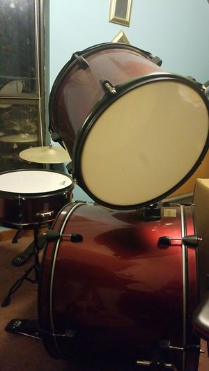 Drums...perfect condition for Sale in Chapel Hill, NC