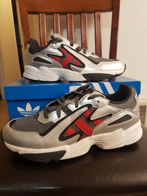 New Adidas Yung-96 Chasm (Size 10.5 Men's) for Sale in Vancouver, WA