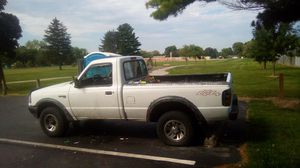 94 Ford ranger 4x4 5 speed my number is {contact info removed} for Sale in Ashville, OH