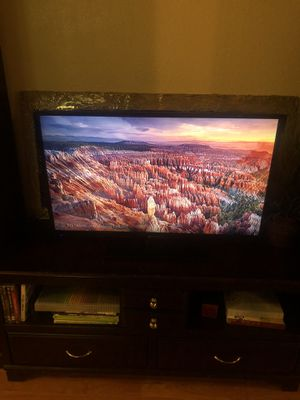 40'' Element flat screen TV for Sale in Phoenix, AZ