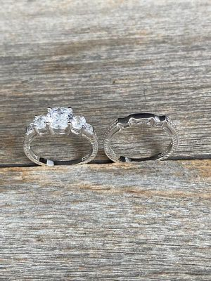 New Sterling Silver Cz Wedding Ring Set for Sale in Chula Vista, CA