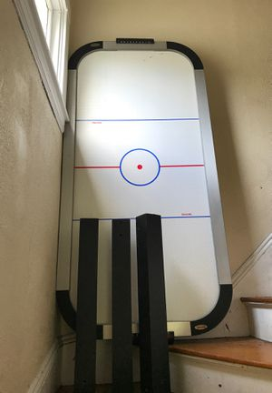 Air hockey table for Sale in Bridgewater, MA