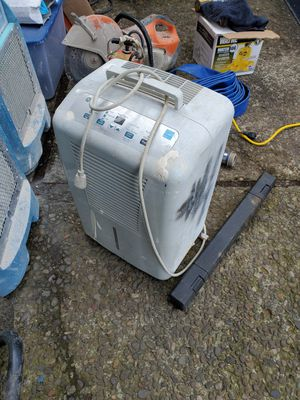 70pt GE dehumidifier for Sale in Gresham, OR