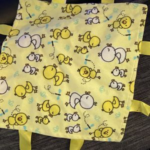 Chick Blankie With Tags For Baby for Sale in Oak Lawn, IL