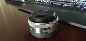 Sony 16mm 2.8 prime lens for Sale in Chantilly, VA