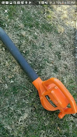 Black and Decker Electric Corded Leaf Blower for Sale in Lodi, NJ