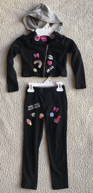 Trolls Outfit for toddler girls size 4 for Sale in Westminster, CO