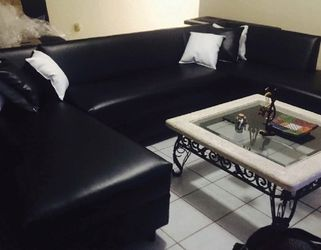 Black Leather Couch All New for Sale in Miami Shores,  FL