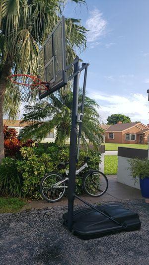 Basketball Hoop Adjustable Lifetime for Sale in Miami, FL