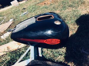 Harley soft tail tank for Sale in Alexandria, LA