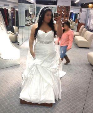 Wedding dress for Sale in Rancho Cucamonga, CA