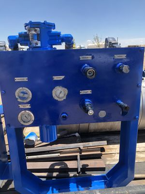 Hydraulic pump with PTO and Tank with hoses. for Sale in Midland, TX
