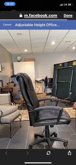 Office chair adjustable height for Sale in Atlanta, GA