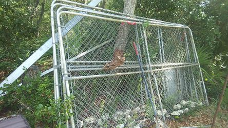 Dog kennel for Sale in Ocklawaha,  FL