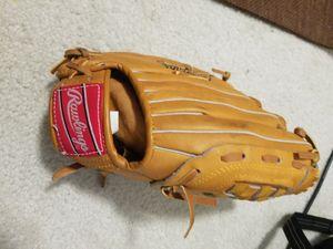 Rawlings RBG 224 baseball glove for Sale in Sammamish, WA