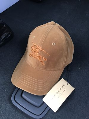 Burberry hat for Sale in Brooklyn, NY